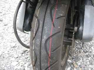front_tire03.jpg